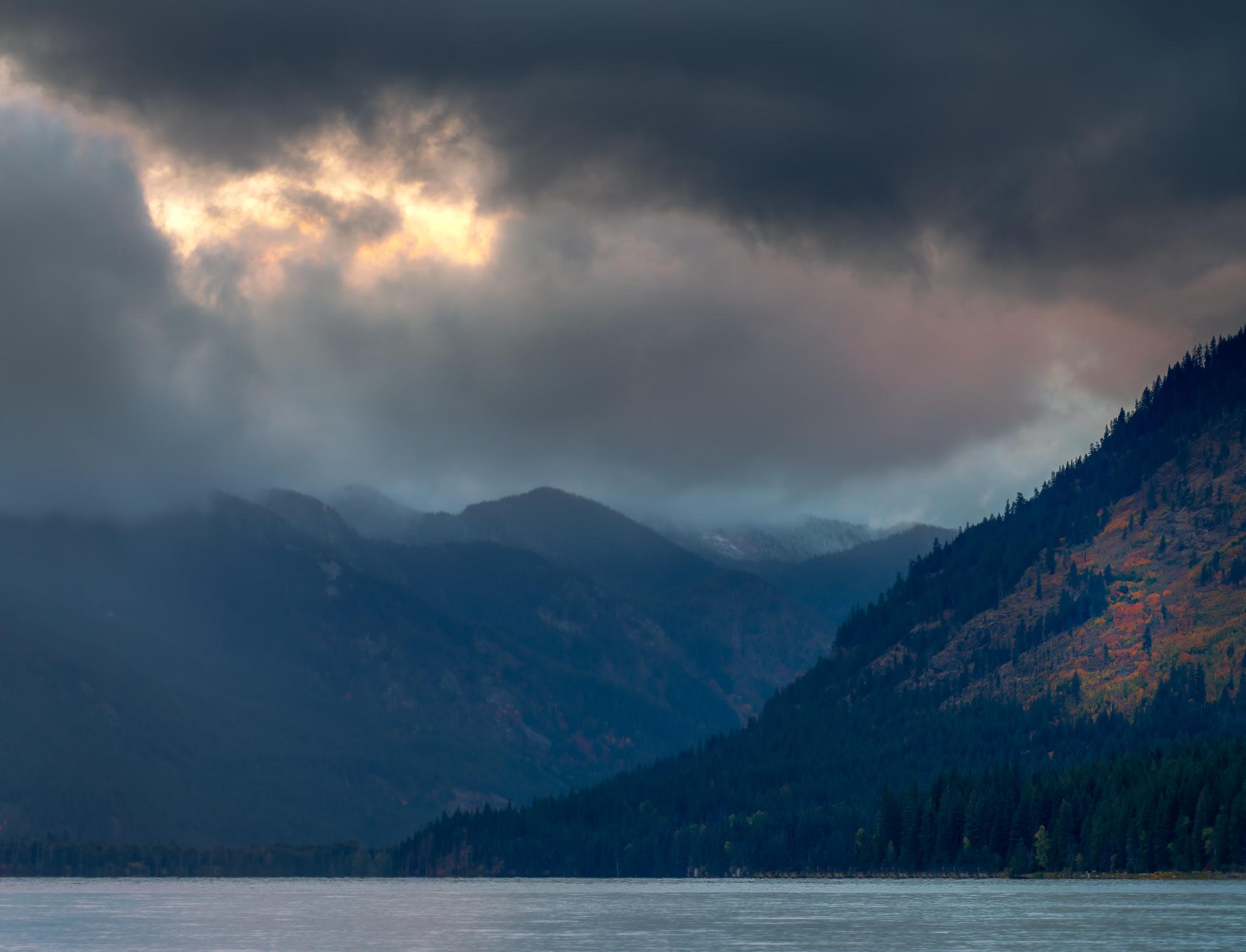 Fall Sunset at Lake Wenatchee